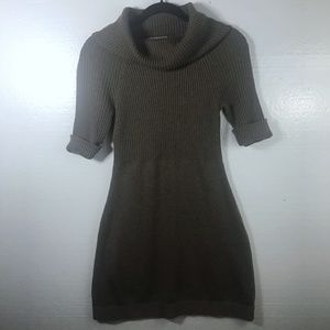 LOFT Sz M Cowl Neck Ribbed Short Slv Sweater Dress